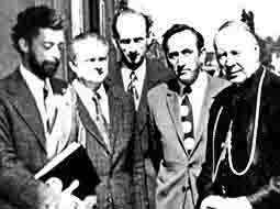 Mazowiecki z wizytą  w Gnieźnie u kardynała Wyszyńskiego. Wspomnienie(1)
