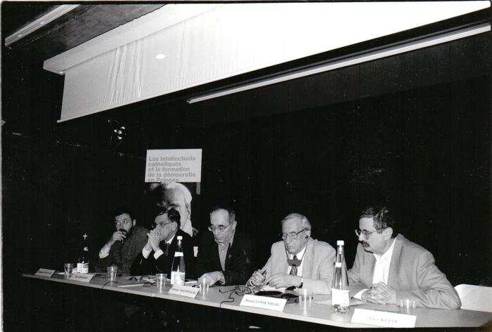 Konferencja Les Intellectuels catholiques et la formation de la democratie en Pologne. Hommage a Jerzy Turowicz Paryz 27-28 maja 1999